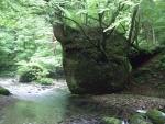 ネコバリ岩03