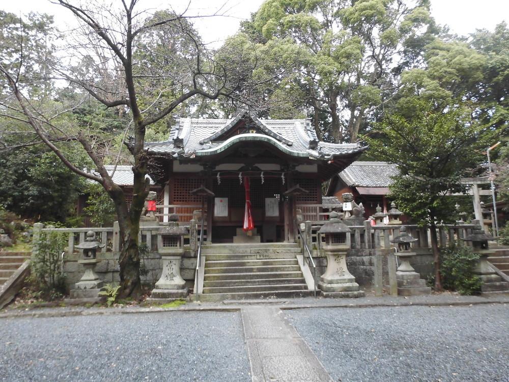 郡神社(商用利用可・クレジット不要、投稿フリー素材) サムネイル画像