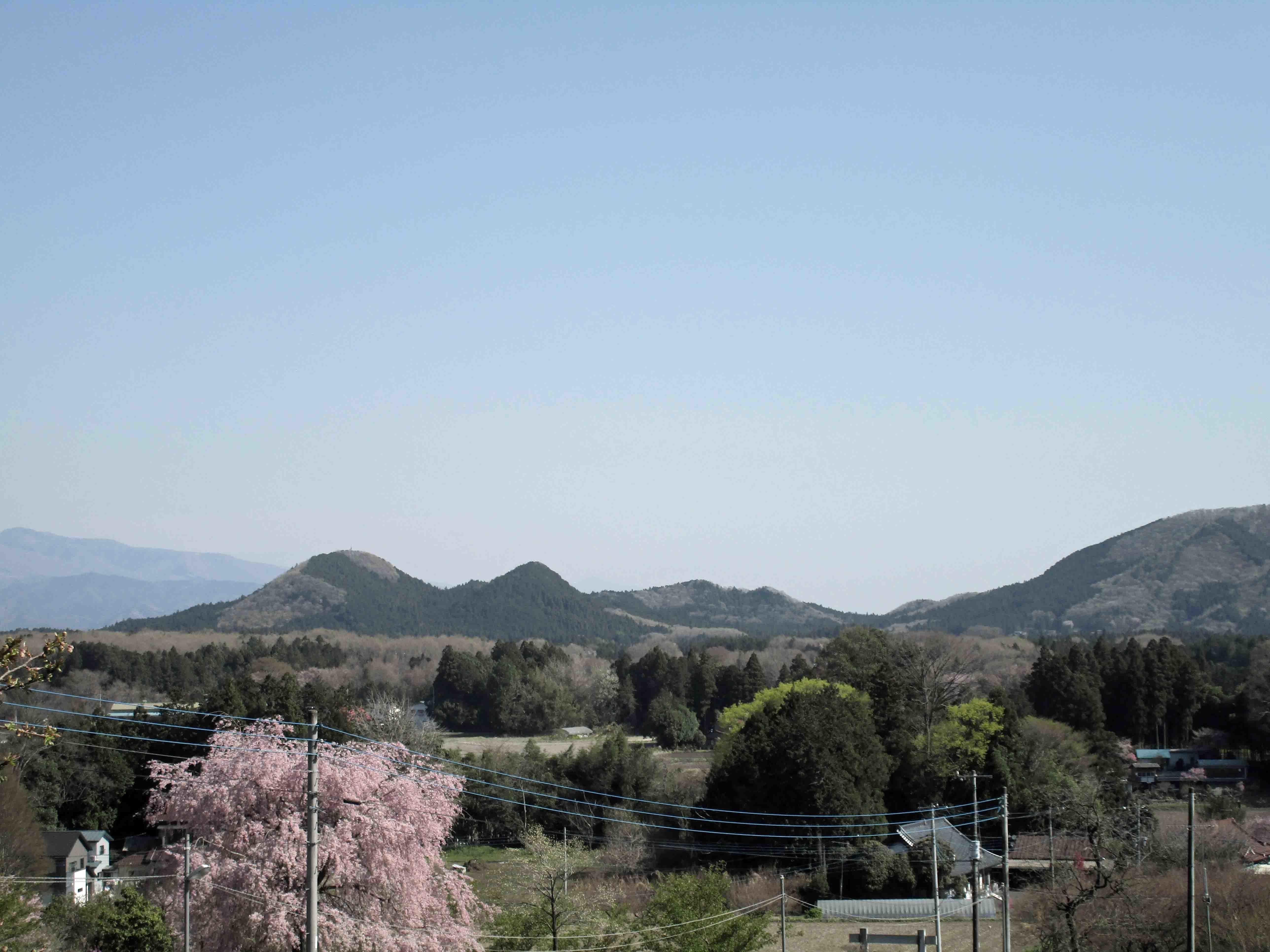 猪倉城から見える寅巳城