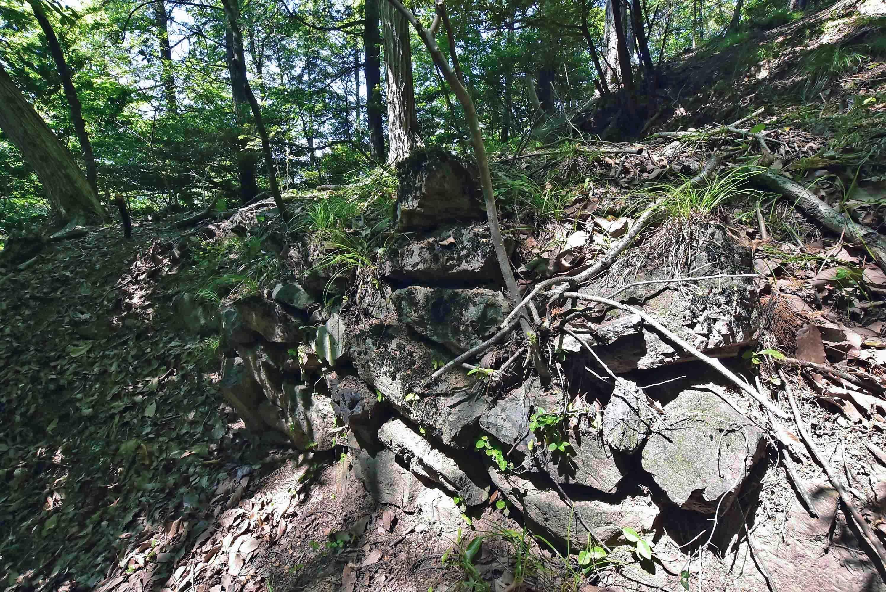 石積郭9側面の