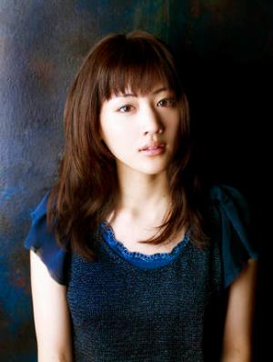 綾瀬はるか(アヤセハルカ) | ホリプロオフィシャルサイト