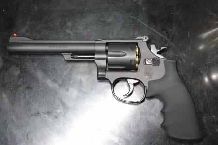 クラウンモデル S&W M19(6インチモデル)①