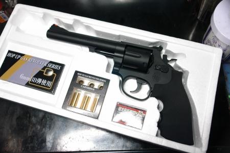 クラウンモデル S&W M19(6インチモデル)  中身