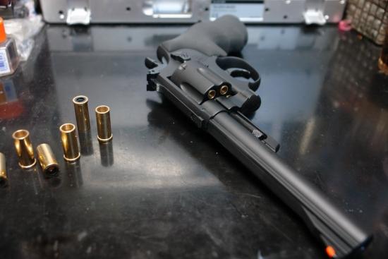 クラウンモデル S&W M19(6インチモデル) 長いバレル