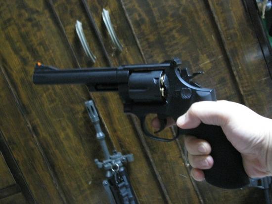 クラウンモデル S&W M19(6インチモデル) ちょっと「古風」な風情