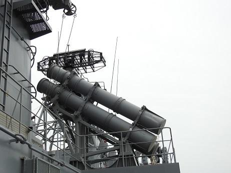 ハープーン発射装置