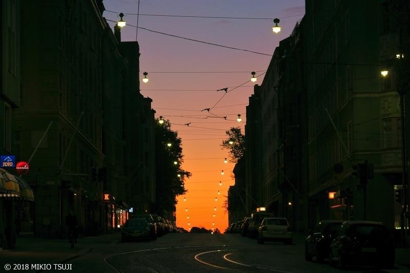 絶景探しの旅 - 0551 夜明けが始まる海へと続く道 (フィンランド ヘルシンキ)