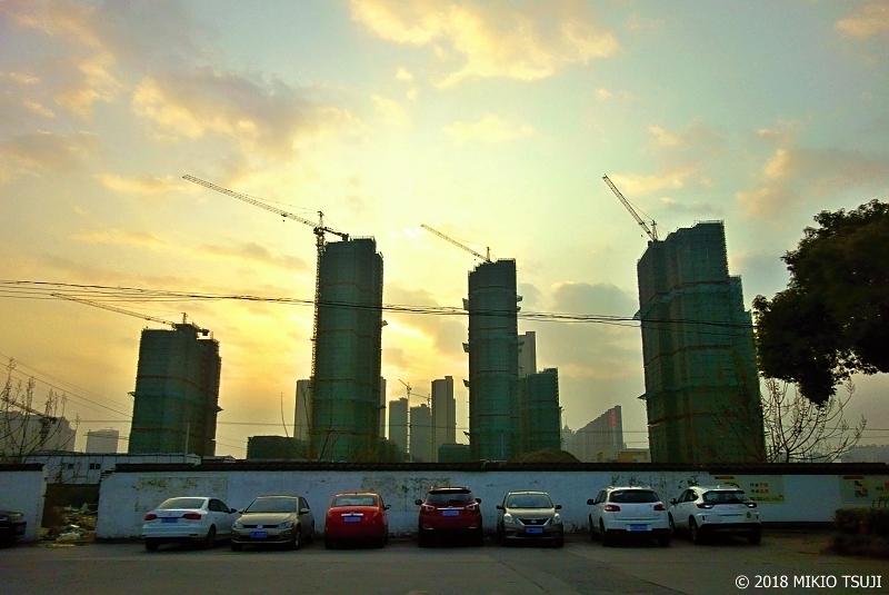 絶景探しの旅 - 0555 長江デルタの新興都市の夕刻 (中国 江蘇省 南通市)