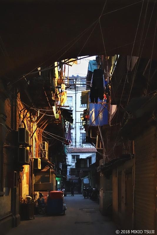 絶景探しの旅 - 0558 上海旧市街地の裏通り (中国 上海)
