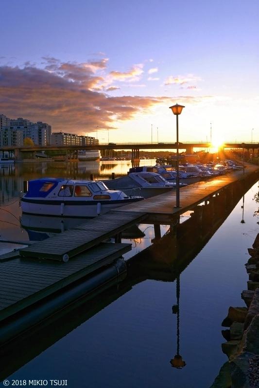 絶景探しの旅 - 0565 澄み渡る北欧のヨットハーバーの日の出 (フィンランド ヘルシンキ)