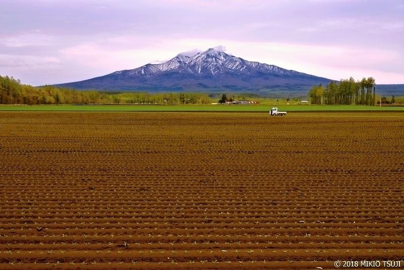 0595 斜里岳のある風景(北海道 斜里町)