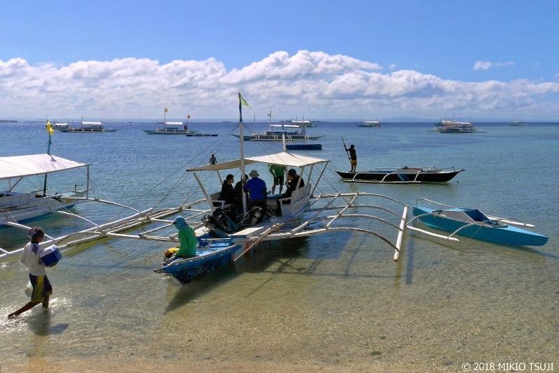 絶景探しの旅 - 0607 マクタン島バノビーチのバンカーボート (フィリピン)
