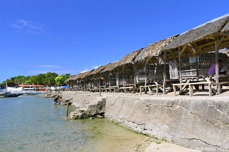 絶景探しの旅 - 0606 フィリピンの海の家 (マクタン島 バノビーチ)
